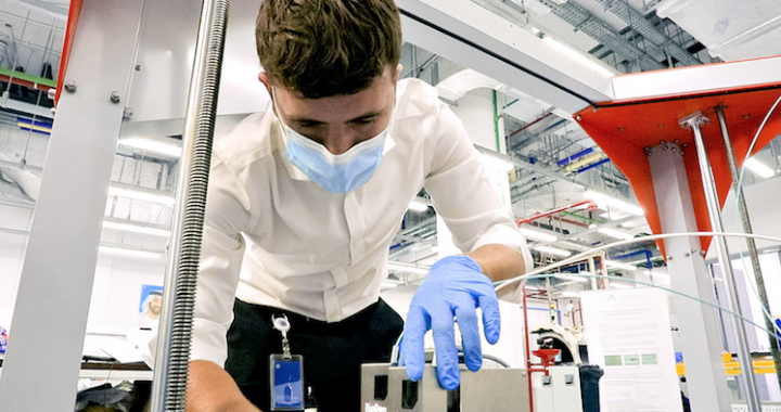 UAE's Khalifa University research team to manufacture reusable 3D-printed facemasks.